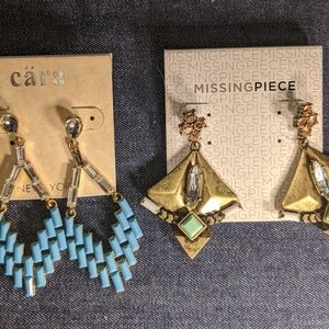 2 pairs of statement dangle earrings, New